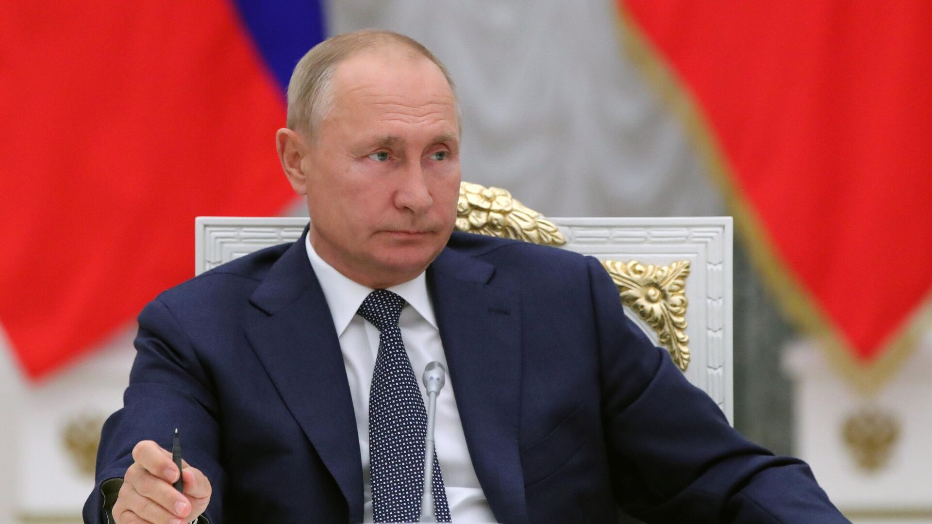 Путин подписал закон о Конституционном суде