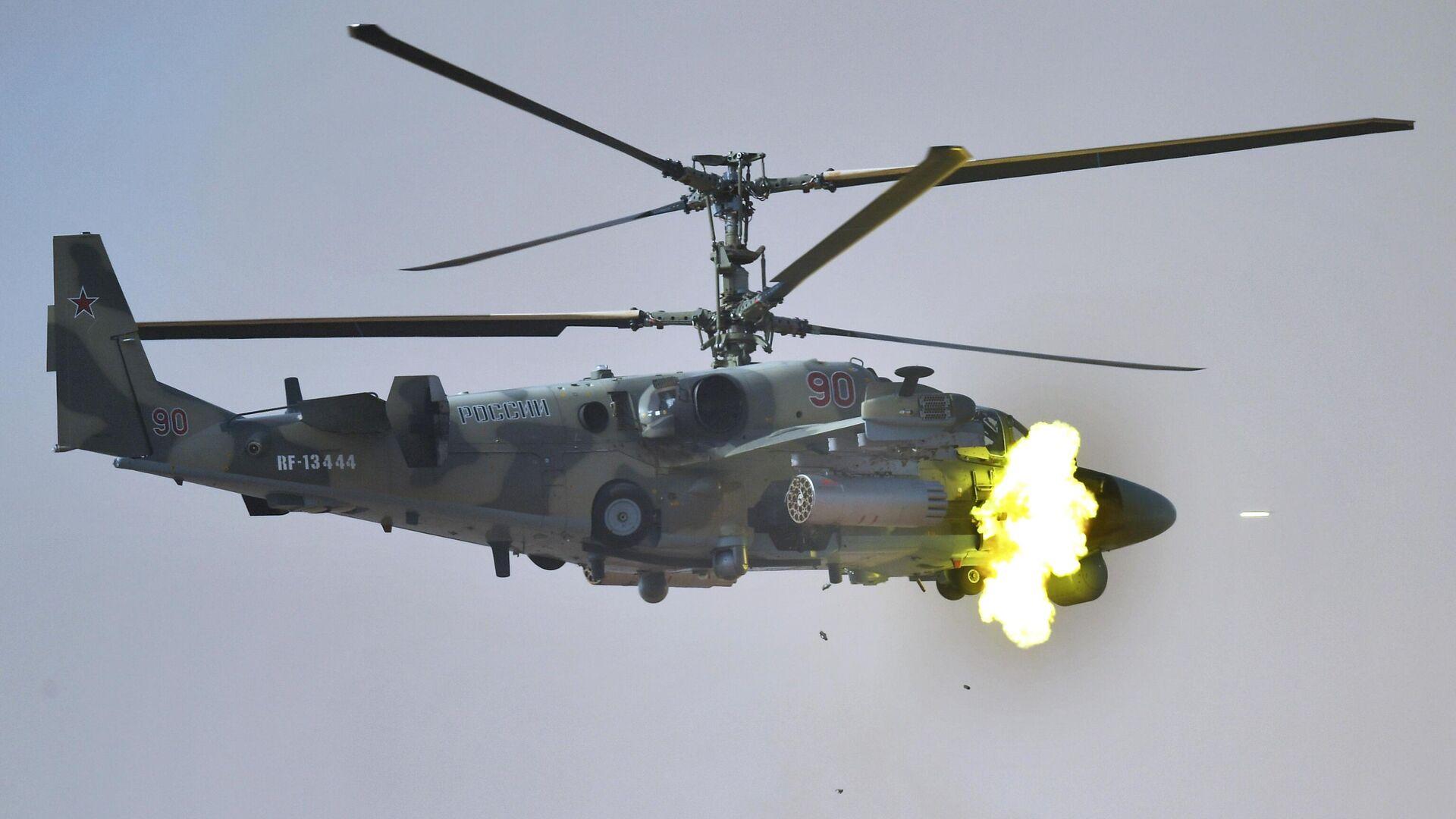 Ударный вертолет Ка-52 Аллигатор на командно-штабных учениях Кавказ-2020  - РИА Новости, 1920, 29.09.2020