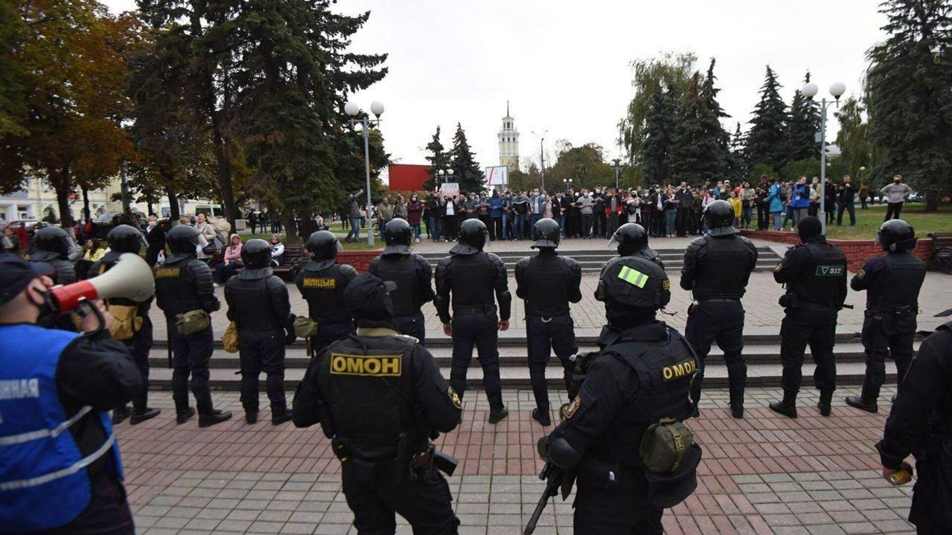 Акции протеста оппозиции в Гомеле - РИА Новости, 1920, 27.09.2020