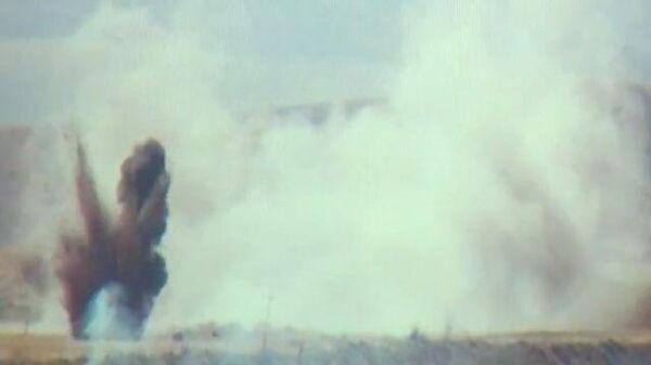 Кадры с горящей боевой техникой в Нагорном Карабахе