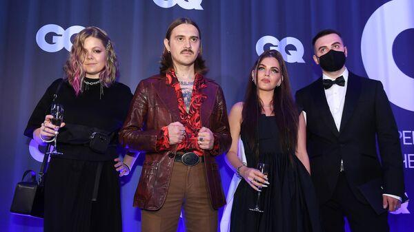Группа Little Big перед началом финального этапа голосования премии Человек года по версии журнала GQ в Москве.