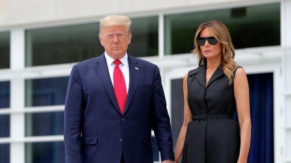 Президент США Дональд Трамп и его жена Меланья