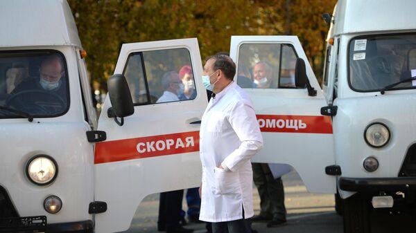 Передача машин скорой помощи в распоряжение больниц Свердловской области