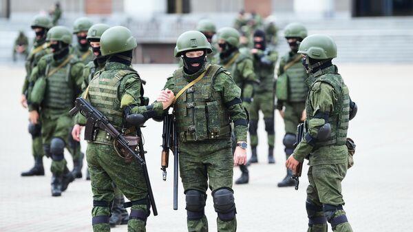 Сотрудники правоохранительных органов Белоруссии в Минске