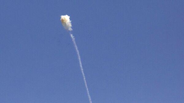Разрыв зенитной ракеты над Степанакертом