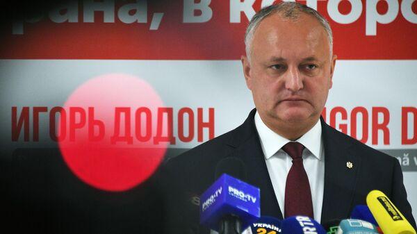 Действующий президент Молдавии Игорь Додон во время брифинга для прессы в Кишиневе