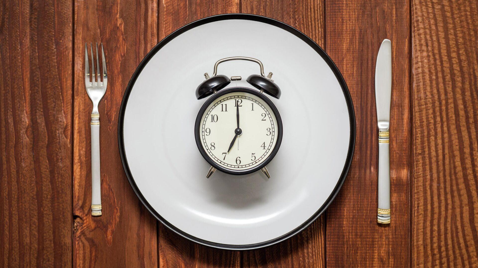 Ученые рассказали о необычном эффекте прерывистого голодания