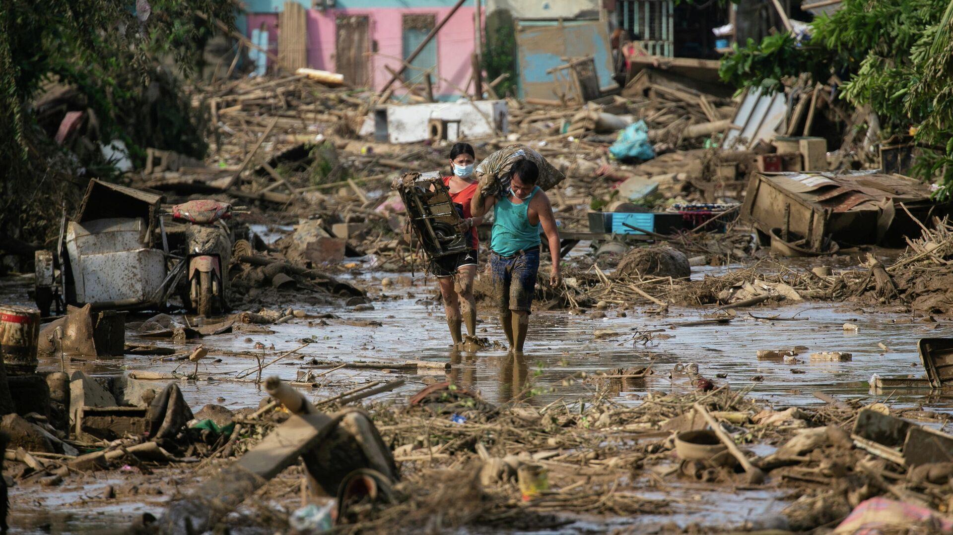 Последствия прохождения тайфуна Вамко на Филиппинах - РИА Новости, 1920, 15.11.2020