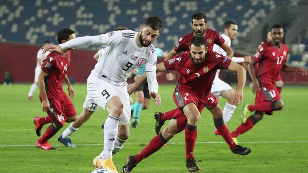Игровой момент матча Грузия - Армения