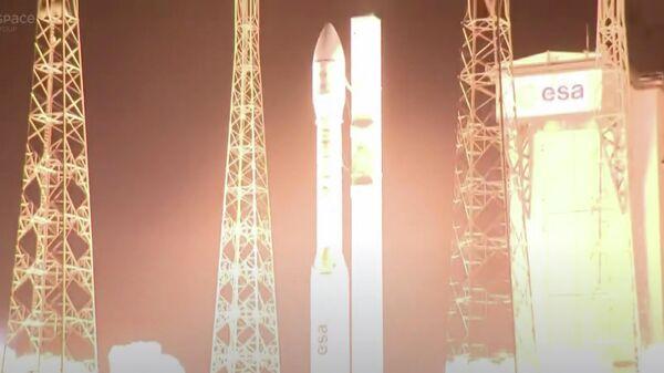 Ракета Vega на космодроме Куру во Французской Гвиане