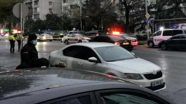 Сотрудники правоохранительных органов Грузии месте захвата заложников в Тбилиси