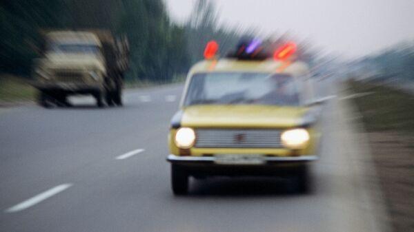 Автомобиль ГАИ на дороге