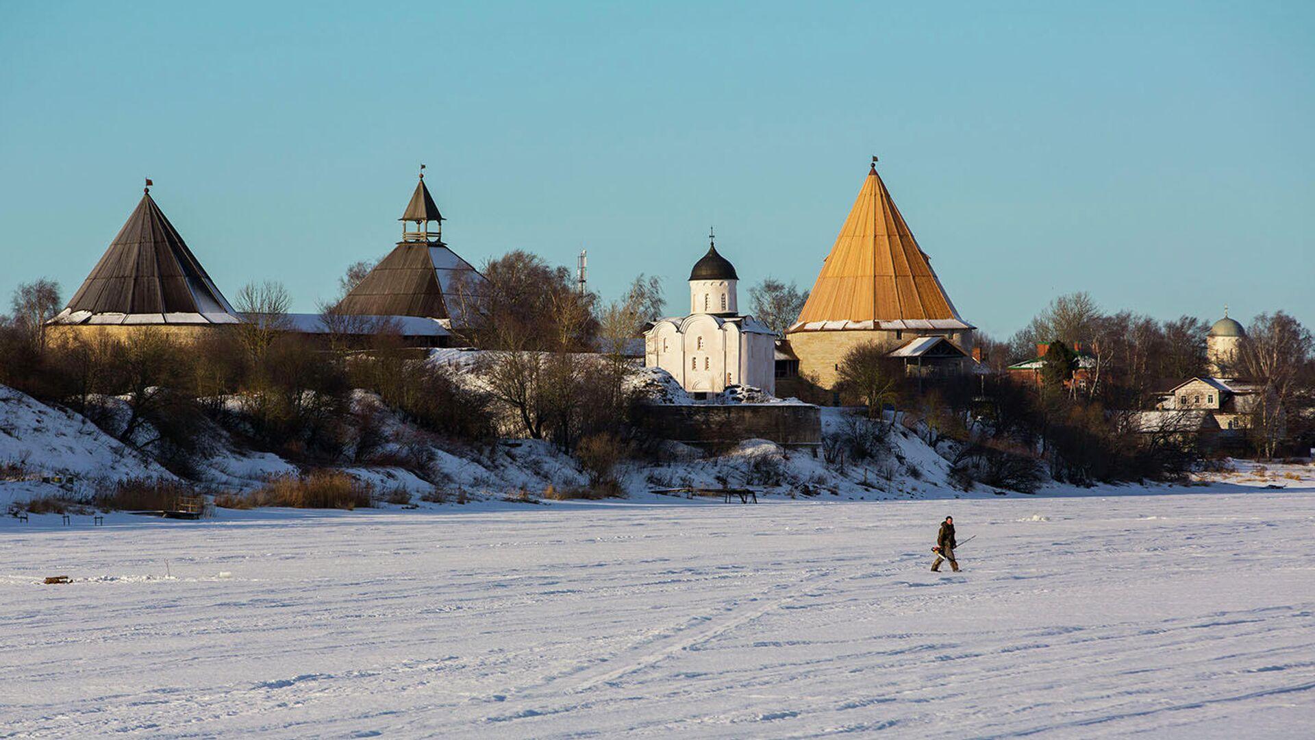 Вид на Староладожскую крепость - РИА Новости, 1920, 29.11.2020