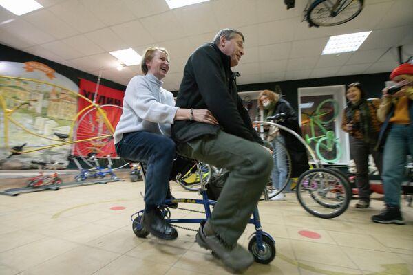 Тест-драйв велосипеда в Арсенал Необычных Велосипедов Самокат в Угличе