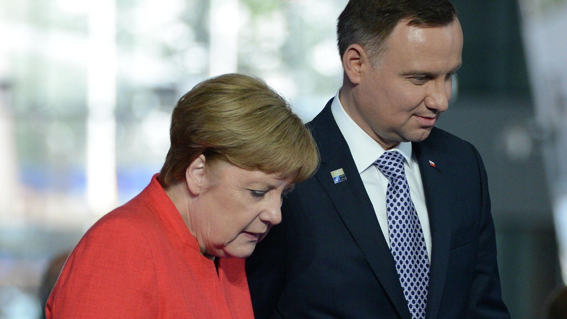 Президент Польши Анджей Дуда и федеральный канцлер ФРГ Ангела Меркель - РИА Новости, 1920, 01.03.2021
