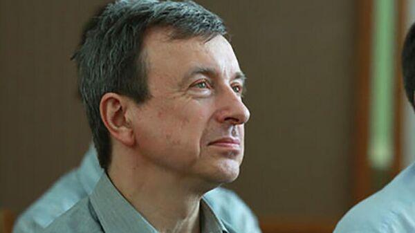 Ученый Анатолий Губанов