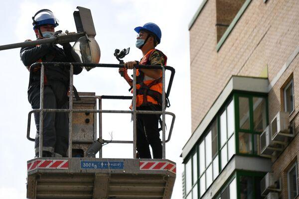 Установка светодиодного оборудования в Москве