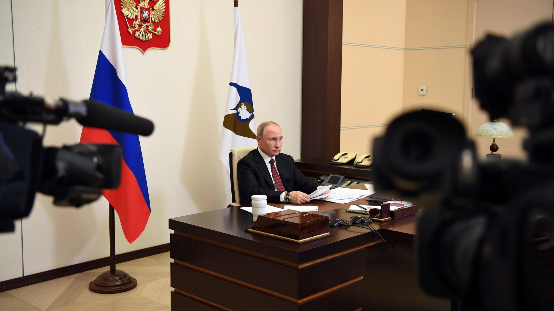 Президент РФ Владимир Путин во время заседания ВЕЭС - РИА Новости, 1920, 11.12.2020