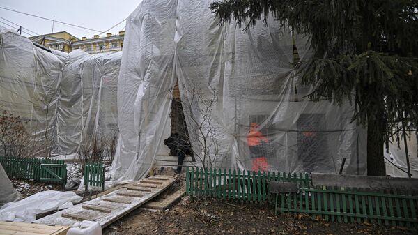 Ремонт самого старого деревянного дома Москвы