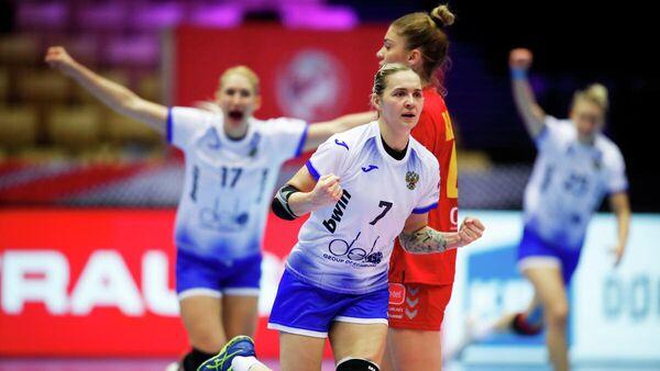 Матч чемпионата Европы по гандболу между женскими сборными России и Черногории