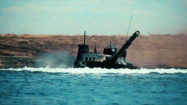 Испытания единственного в мире легкого плавающего танка Спрут