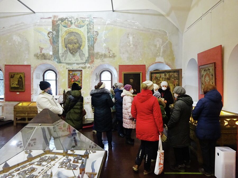 Палата Дворца удельных князей, экскурсия