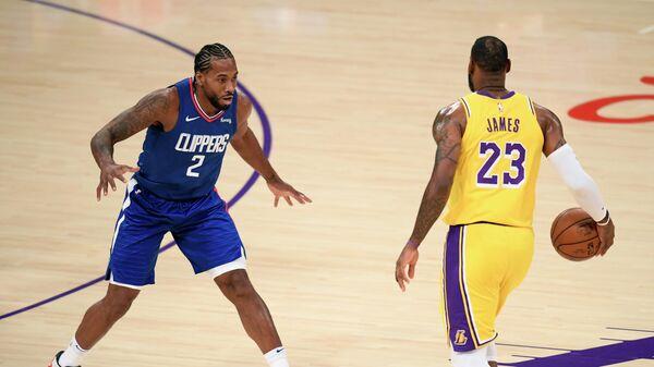 Матч НБА между командами Лос-Анджелес Лейкерс и Лос-Анджелес Клипперс