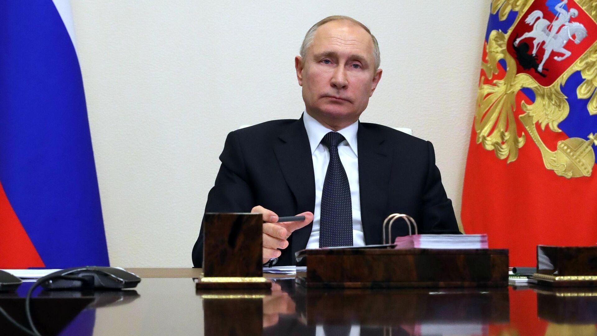 Правительство имеет все для достижения национальных целей, заявил Путин