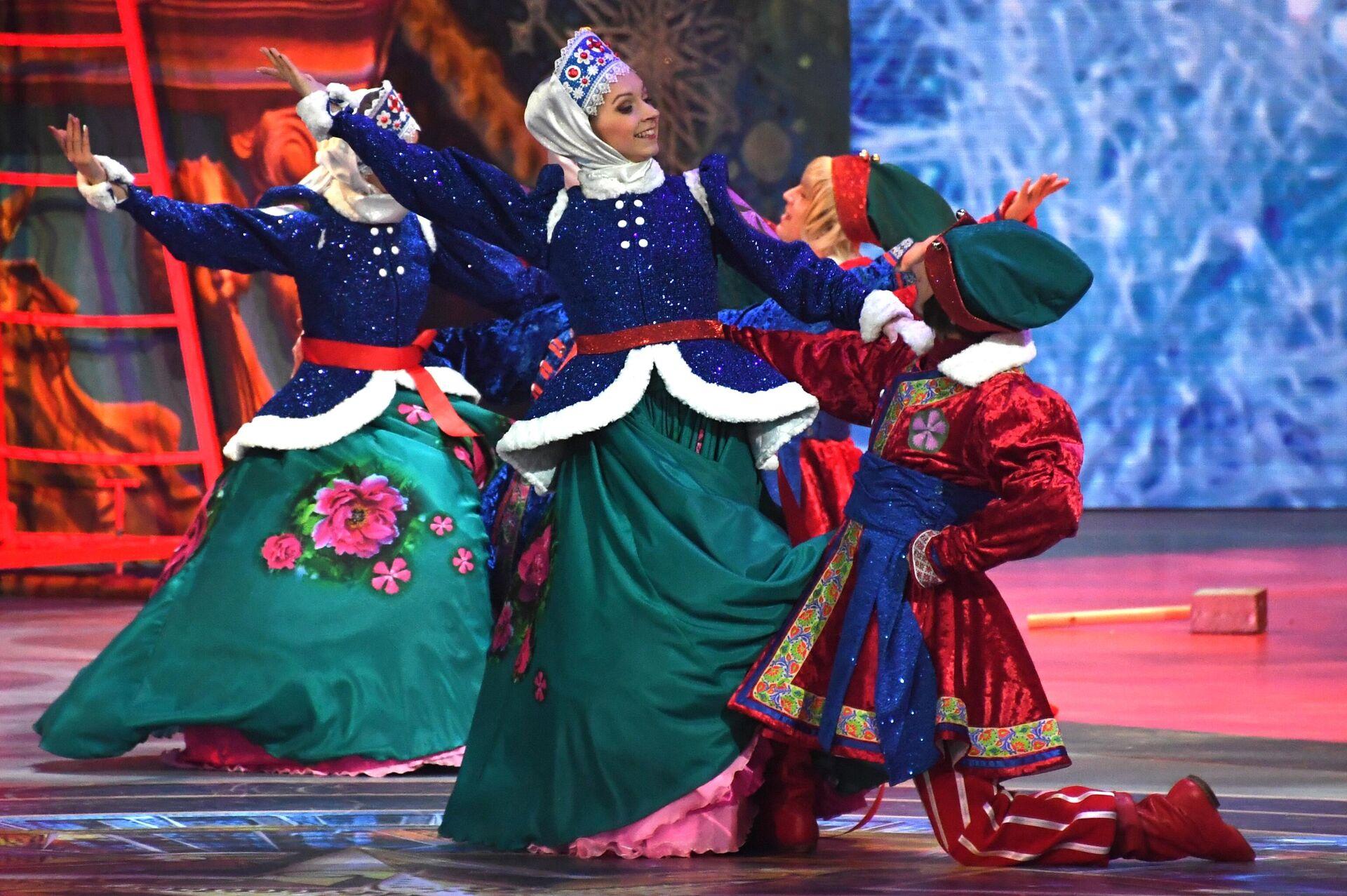 Новогодний спектакль в Государственном Кремлевском Дворце - РИА Новости, 1920, 25.12.2020
