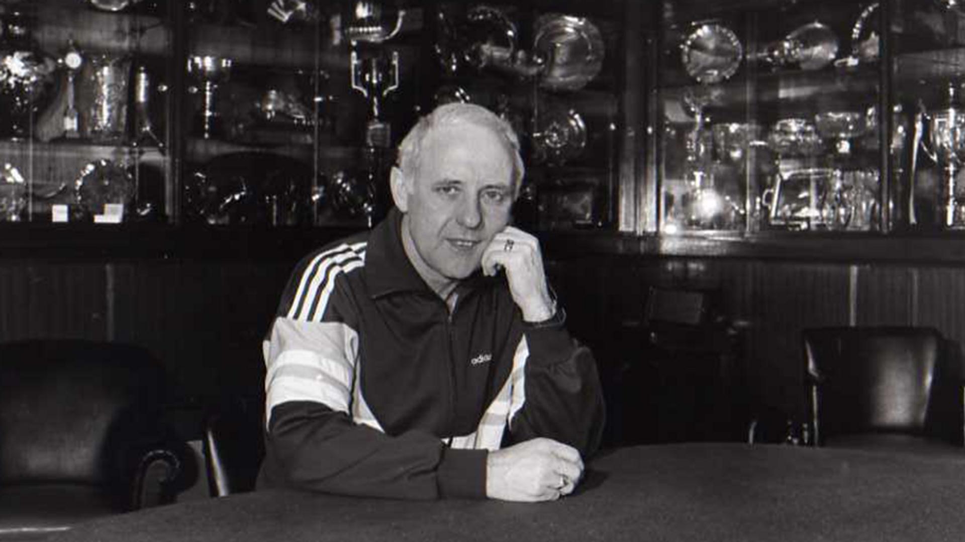 Бывший главный тренер шотландского футбольного клуба Данди Юнайтед Джим Маклин - РИА Новости, 1920, 26.12.2020