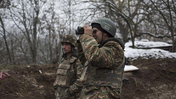 Военнослужащие армии обороны непризнанной Нагорно-Карабахской республики