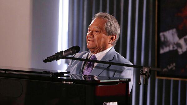 Мексиканский музыкант и композитор Армандо Мансанеро