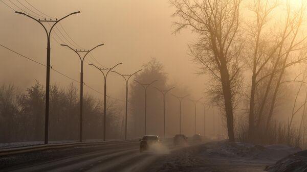 Автомобили на Бердском шоссе в Новосибирске