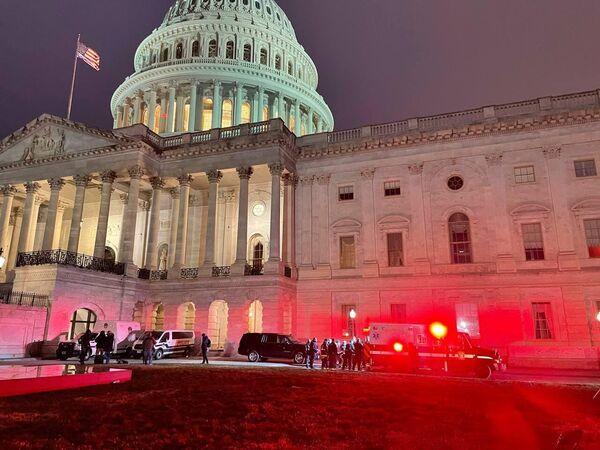 Здание Капитолия в Вашингтоне после протестов