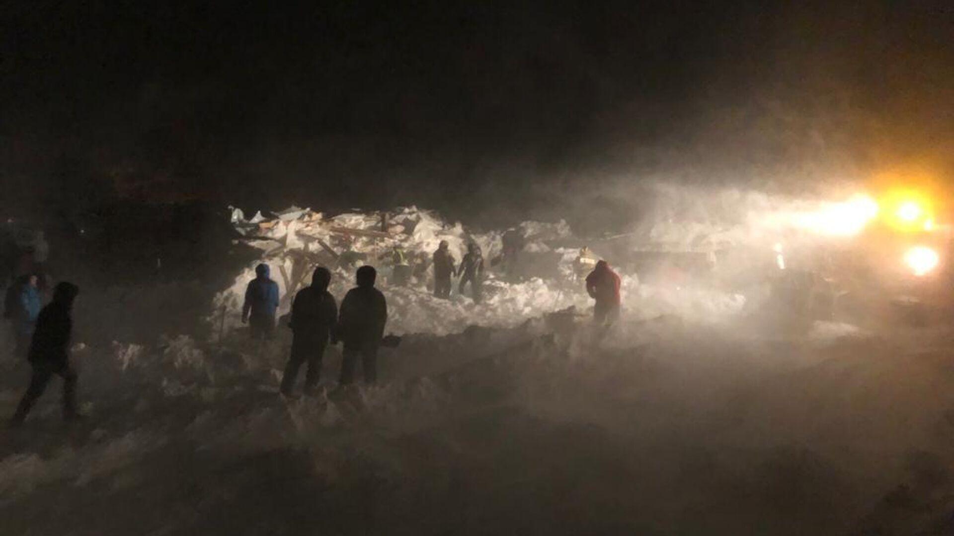 Спасатели нашли тело ребенка на месте схода лавины под Норильском