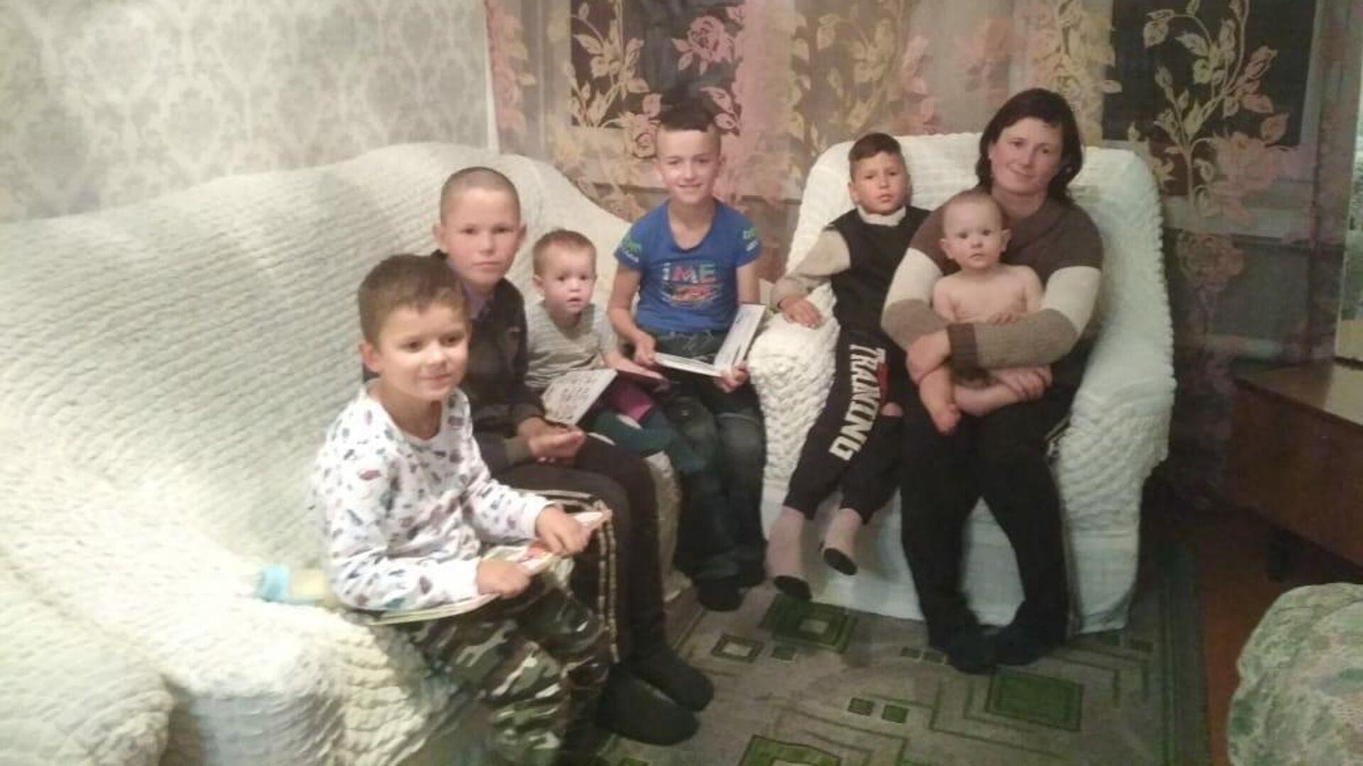 Мария с детьми - РИА Новости, 1920, 12.01.2021