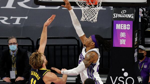 Игровой момент матча НБА Сакраменто - Индиана