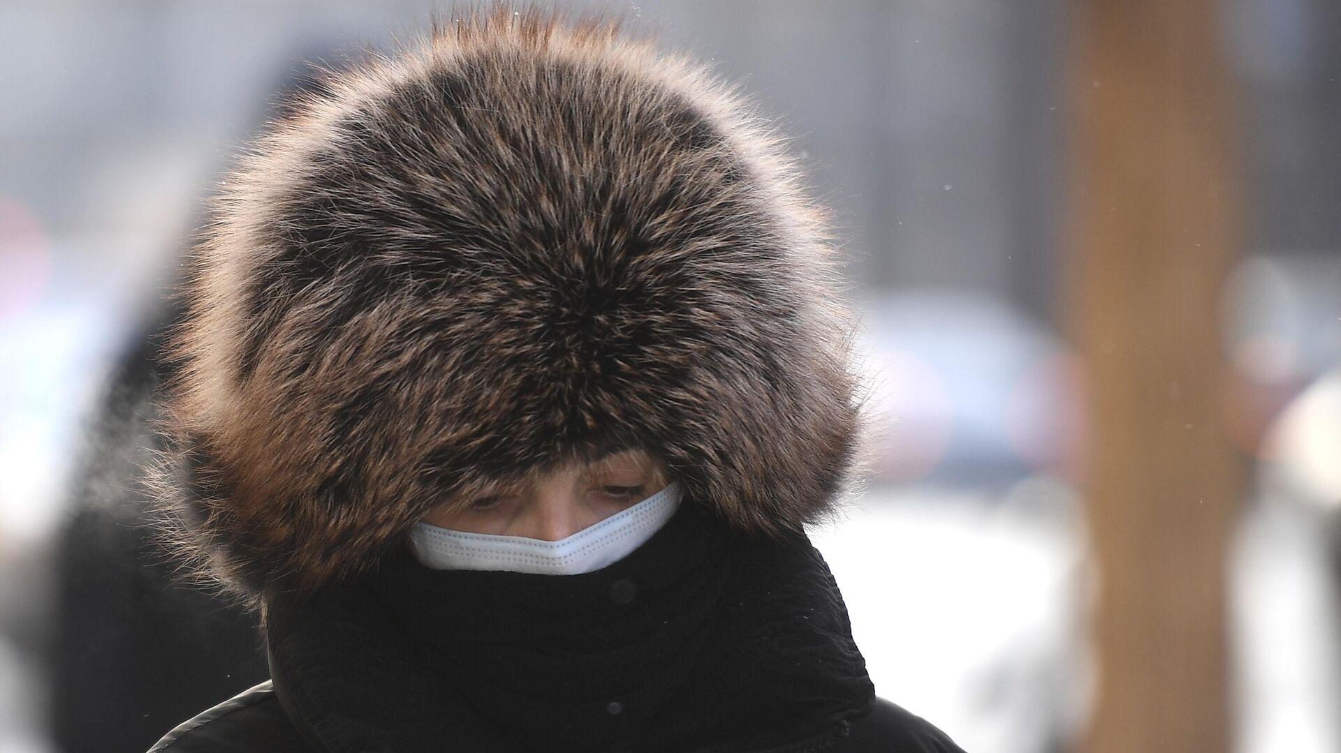 Женщина на одной из улиц в центре Москвы - РИА Новости, 1920, 17.01.2021