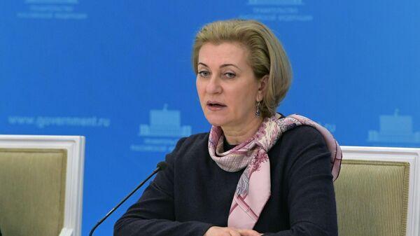 Попова поручила ужесточать меры по COVID-19 в регионах при необходимости