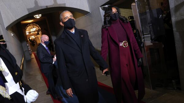 Бывший президент США Барак Обама и Мишель Обама прибывают на 59-ю президентскую инаугурацию в Вашингтон, США