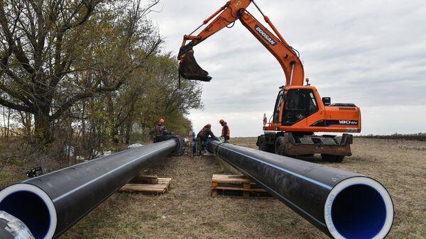 В Крыму началась укладка труб нового водовода для Симферополя