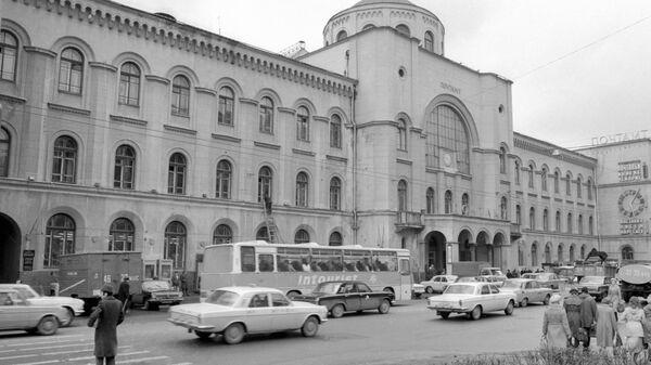 Здание Московского почтамта  на Мясницкой улице в Москве