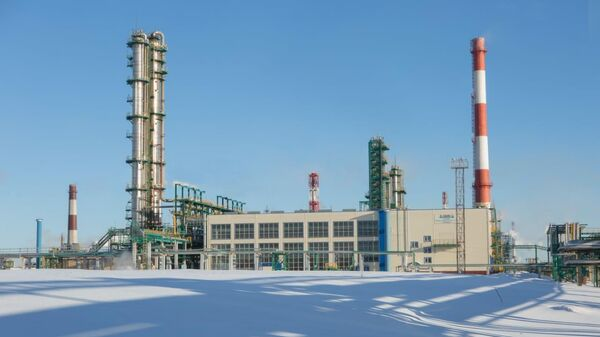 Роснефть начала продажи бензина АИ-100 производства Ярославского НПЗ