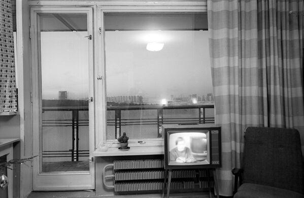 Интерьер однокомнатной квартиры 17-этажного жилого дома в Юго-Западном районе