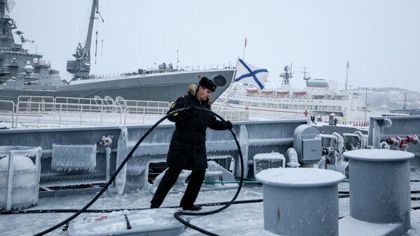 Большой десантный корабль Пётр Моргунов пришел в Североморск