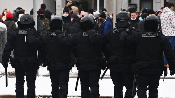Несанкционированные акции протеста сторонников Алексея Навального в Москве