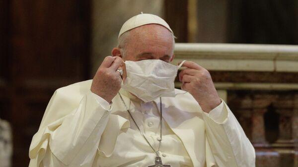 Папа римский  Франциск в базилике Санта - Мария - ин - Арачели в Риме