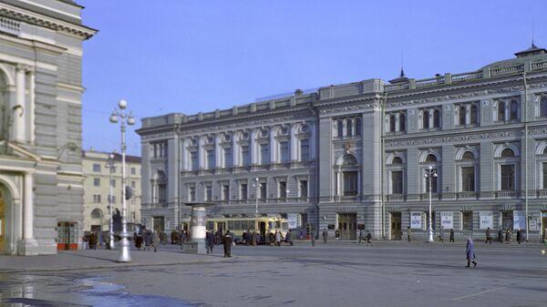 Здание консерватории имени Н.А. Римского-Корсакова в Петербурге