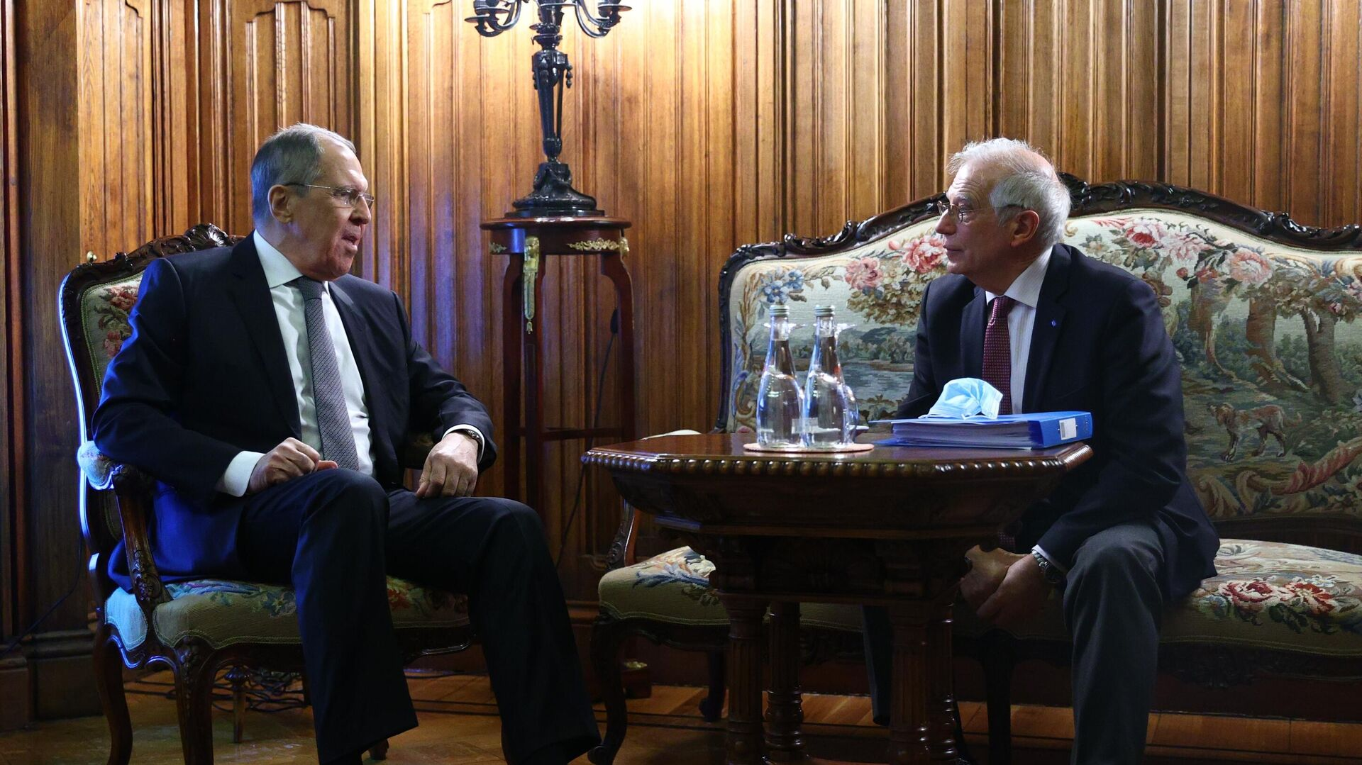 Постпред России при ЕС назвал переговоры Борреля в Москве трудными
