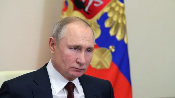 Президент РФ Владимир Путин проводит заседание Совета по науке и образованию в режиме видеоконференции